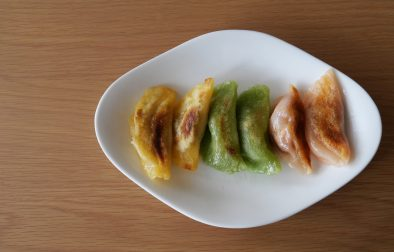 three colored vegan gyoza